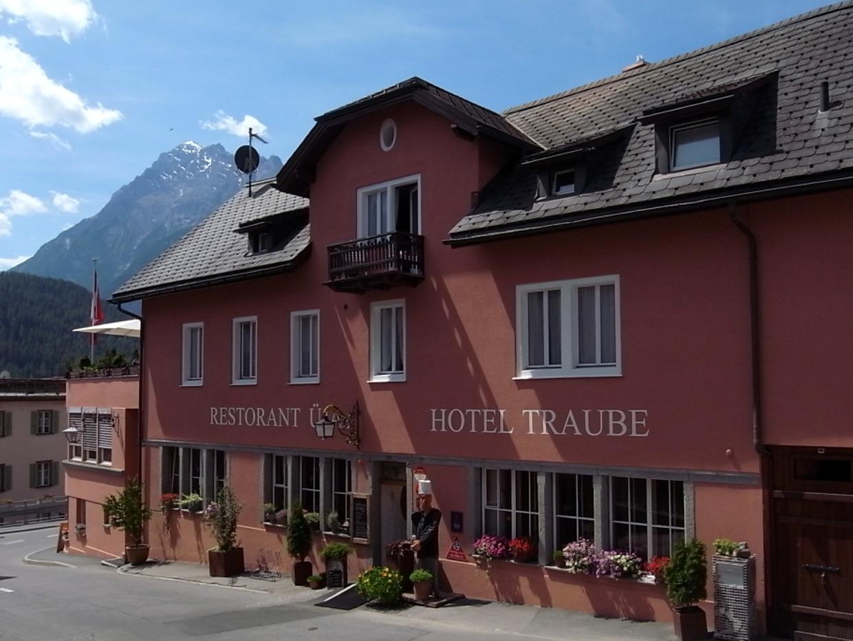 Hotel Traube Scuol